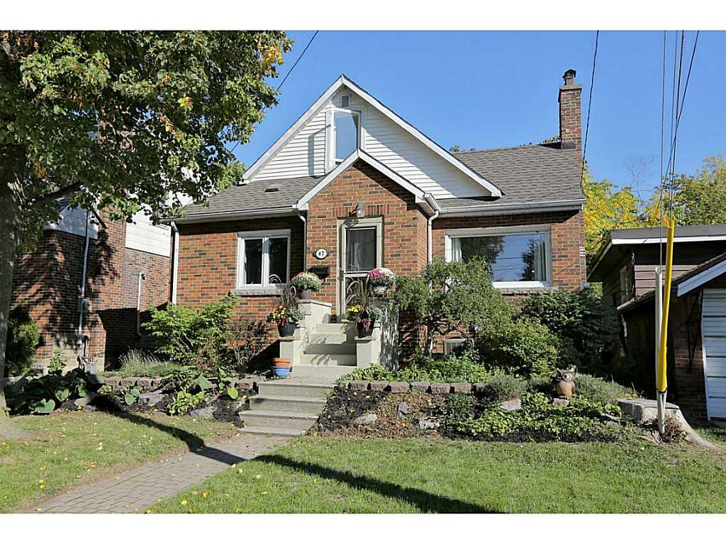 Photo of: MLS# H3192397 47 Wycliffe Avenue, Hamilton |ListingID=26
