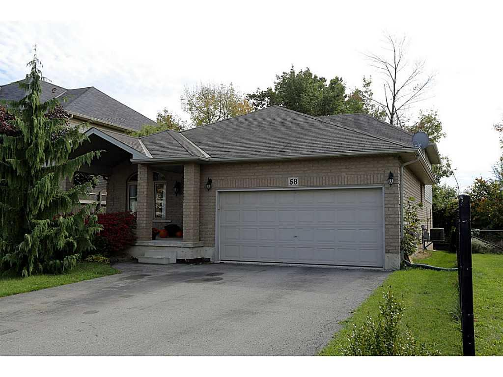 Photo of: MLS# H3192511 58 Shrewsbury Street, Ancaster |ListingID=27