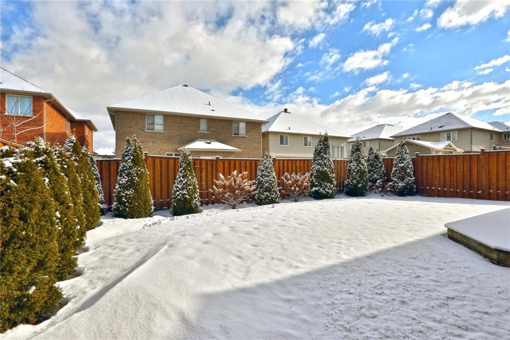 23 BARNACLE Crescent -