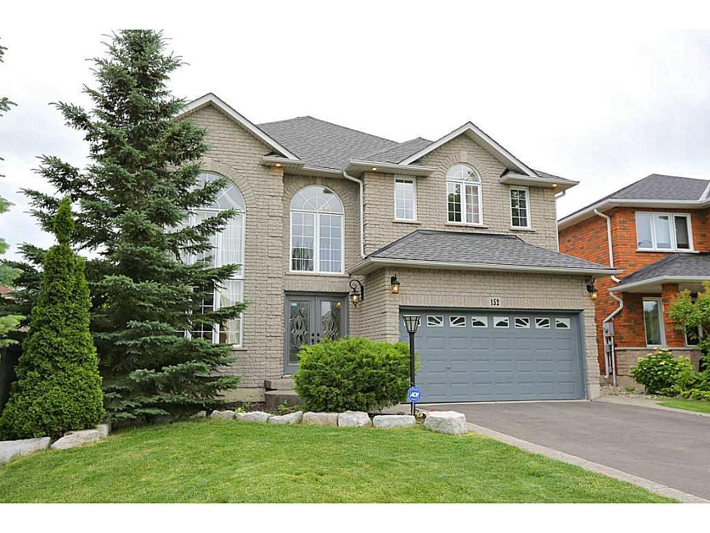 Photo of: MLS# H3185253 152 BRIDGEPORT Crescent, Ancaster |ListingID=23