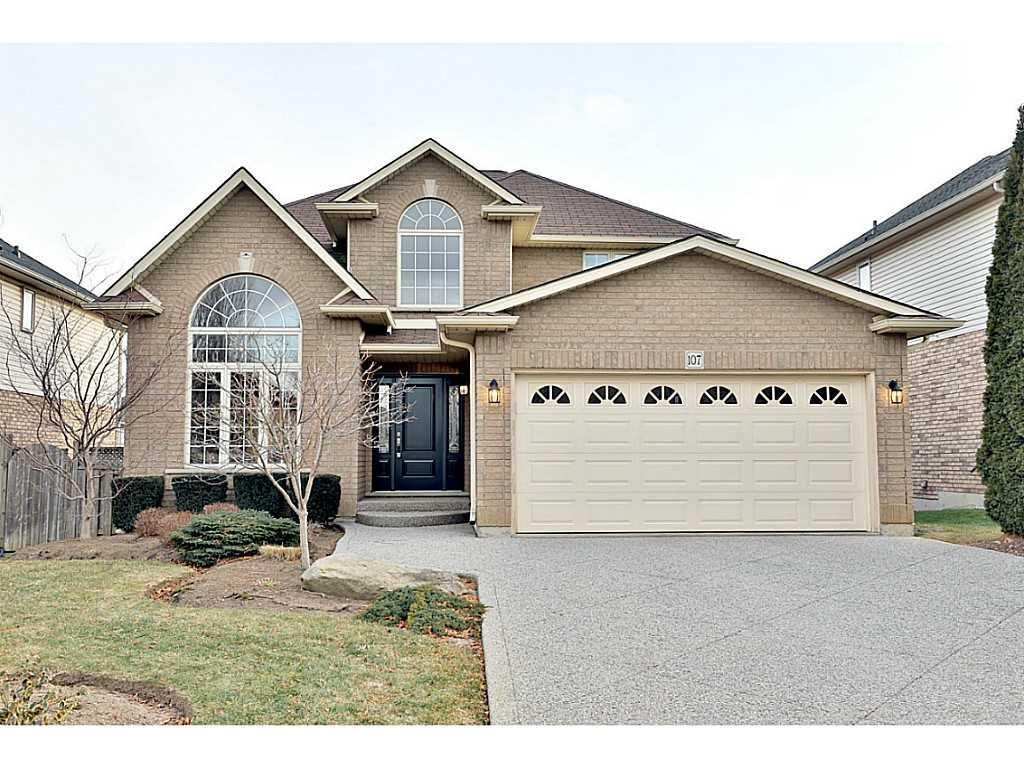 Photo of: MLS# H3197289 107 Bridgeport Crescent, Ancaster |ListingID=29