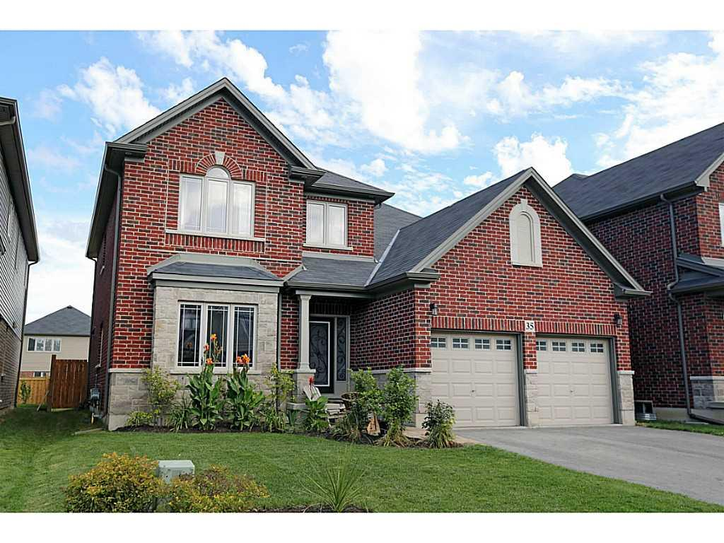 Photo of: MLS# H3167711 35 COUNTRY FAIR Way, Binbrook |ListingID=9